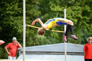 Sven van Merode flopt over 1,83 m.